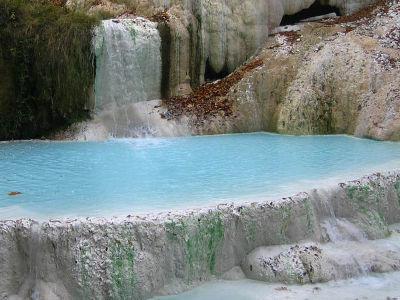 Servizi la casaccina agriturismo con piscina campo da tennis e degustazione vini - Bagno vignoni terme naturali ...